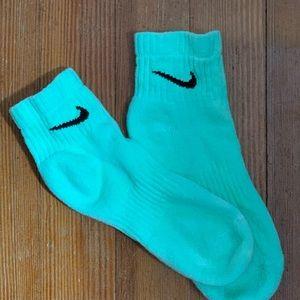 NIKE hand dyed Seafoam green ankle socks W 6-10